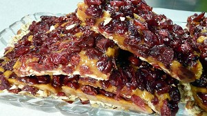 A layer of sliced almonds covered with sweet rich toffee and topped with delicious dried cranberries. If you love cranberries this is for you!